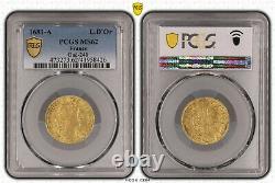 Louis XIV Louis d'or à la tête virile 1681 Paris Splendide PCGS MS62 Très rare