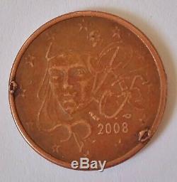 Pièce de monnaie 5 centimes euros fautée surplus de métal trés rare voire unique