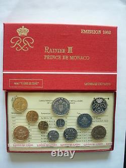 RARE Série Fleurs de coins MONACO 1982 EXTRA TRES COTE AVEC GRACE KELLY! TOP