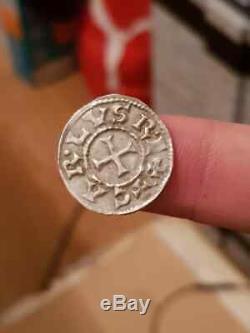 TRES RARE Denier Parisii de Charles II Le Chauve en Argent, magnifique monnaie