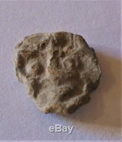Très Rare Monnaie Gauloise En Plomb Tête De Face Tribu Belge