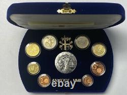 Vatican Tres Rare Coffret Euro 2002 Avec Medaille En Argent Au Centre